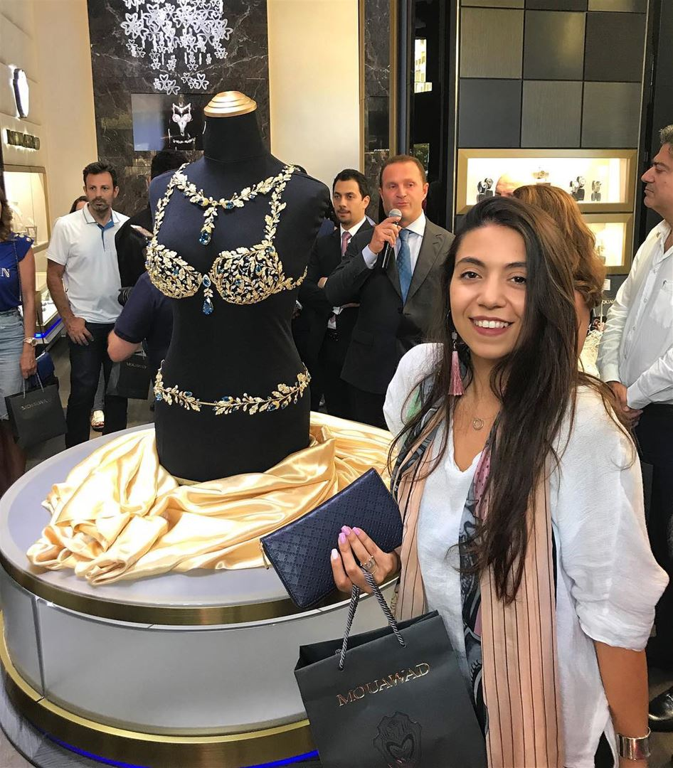 The Revealing of the $2 Million Dollar @VictoriasSecret Fantasy Bra in... (Mouawad Boutique in Beirut Souks)