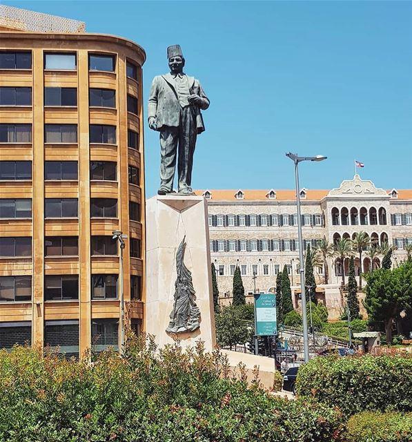 صباح الخير رياض...👋From Riad Al Solh Square - Beirut🌞.... Lebanon ...