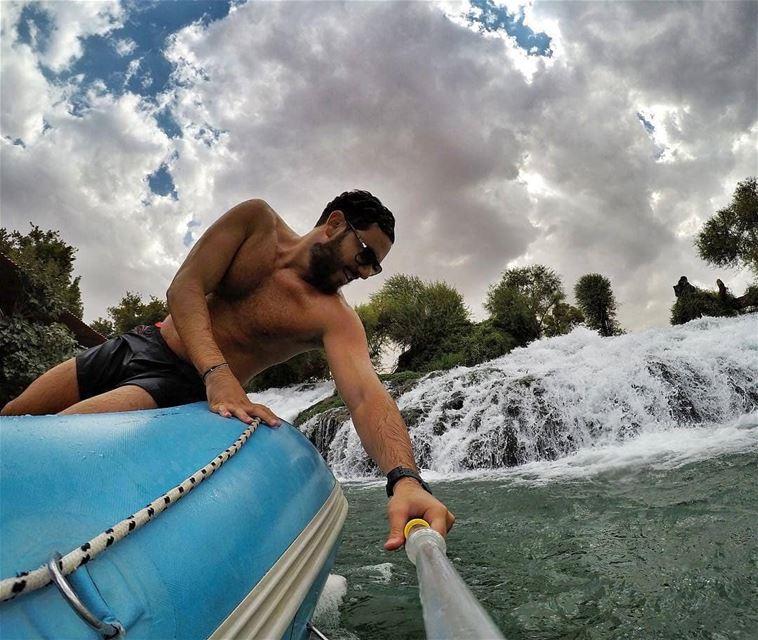 Summer vibes ☀💦Photo by @chriskabalan rafting raftingtrip assiriver ... (El Hermel, Béqaa, Lebanon)