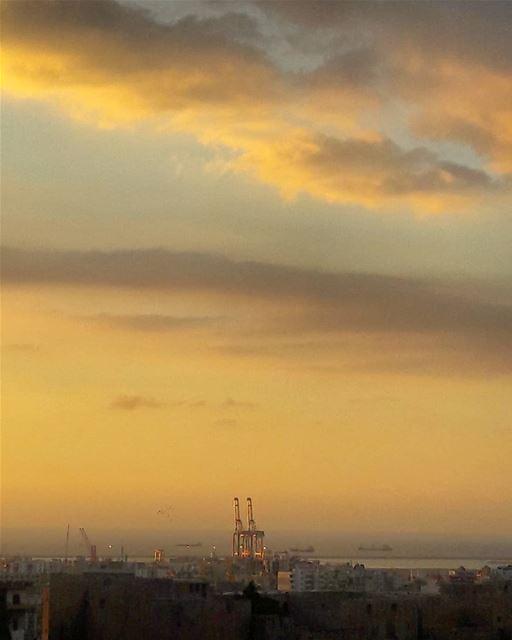 Majestic sunset 🌅 Tripoli LiveLoveTripoli TripoliLB artofvisuals ... (Tripoli, Lebanon)