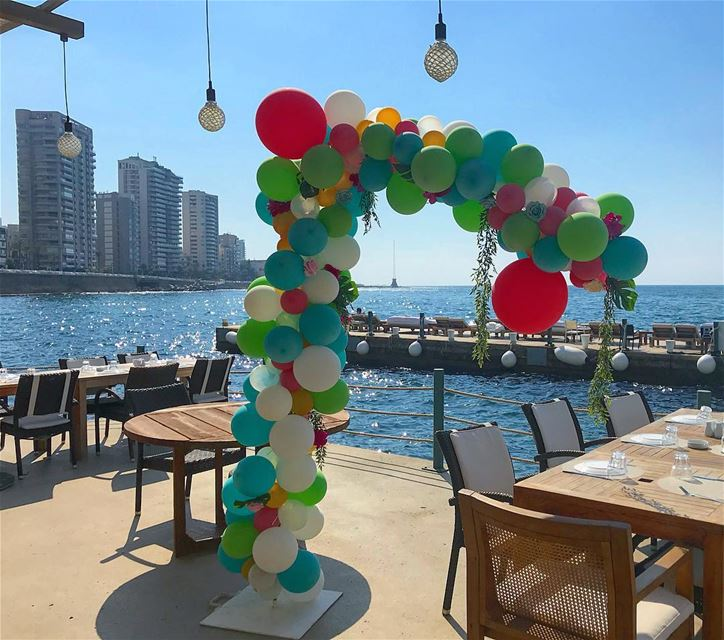 🍡🍭🍡.. friday mode birthday lebanon beach balloons decoration... (Beirut, Lebanon)