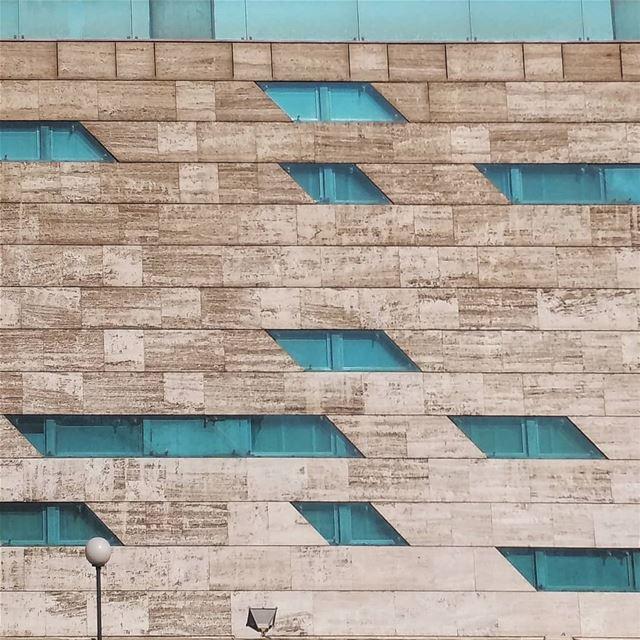 parallelogram.... minimal_experience parallelogram facade windows ... (Sinn Al Fil, Mont-Liban, Lebanon)