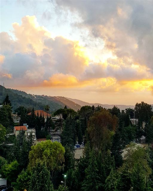 Good evening from Beiteddine 💛💛 .......... Lebanon chouf ... (Beit Ed-Deen, Mont-Liban, Lebanon)
