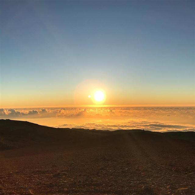 Sunsets from 3,088m surely look better. lebanon lebanon🇱🇧 lebanon_ig ... (Qurnat as Sawda')