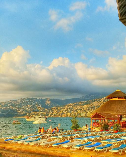 Beautiful day 💙💙💙💛💛💛💛 ---------------------------------------------- (Jounieh)