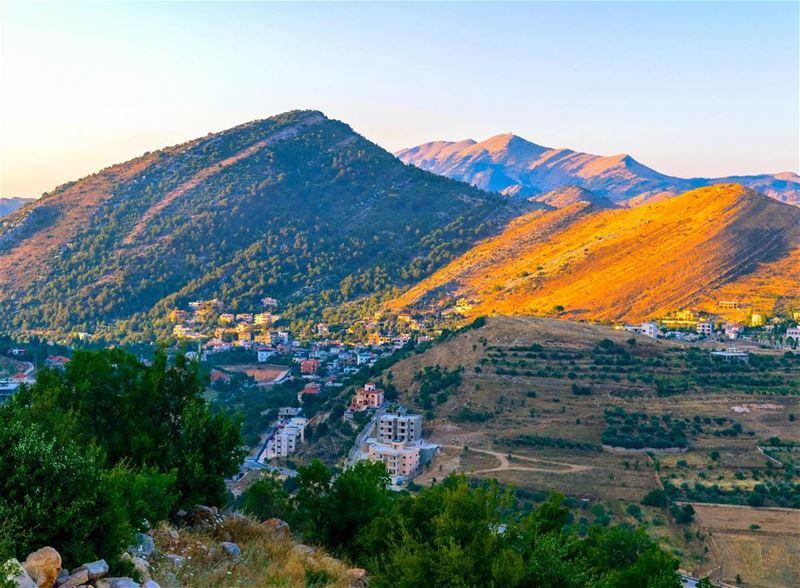 Southern Lebanon aaramta mountains landscape nature loves_lebanon... (Aaramta, Al Janub, Lebanon)