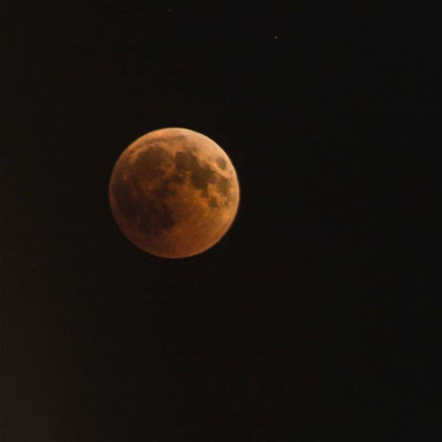 """You can be the moon and still be jealous of the stars"" -Gary... (Cheïkh Tâba, Liban-Nord, Lebanon)"