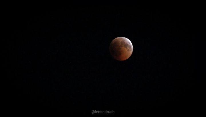 Blood Moon dominates Lebanon's night sky with its longest total lunar...