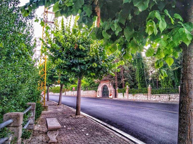 sᴇᴇ ᴛʜᴇ ɢᴏᴏᴅ•••• lebanon amazinglebanon lebanontoday lebanontimes... (Feitroun, Mont-Liban, Lebanon)
