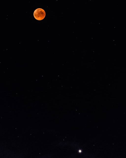 Moon eclipse & Mars  moon  mooneclipse  bloodymoon  eclipse  fulleclipse ...