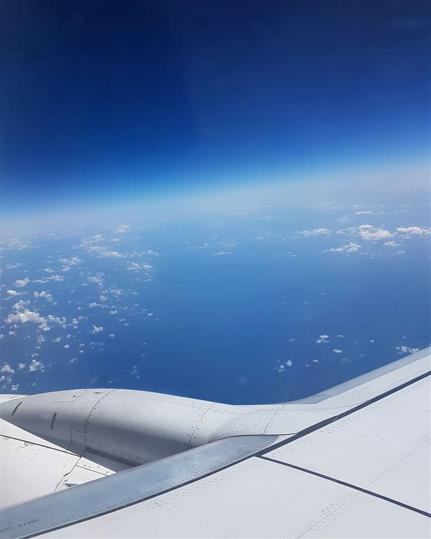tb traveling lebanon dubai airplane sky like4like photooftheday ...