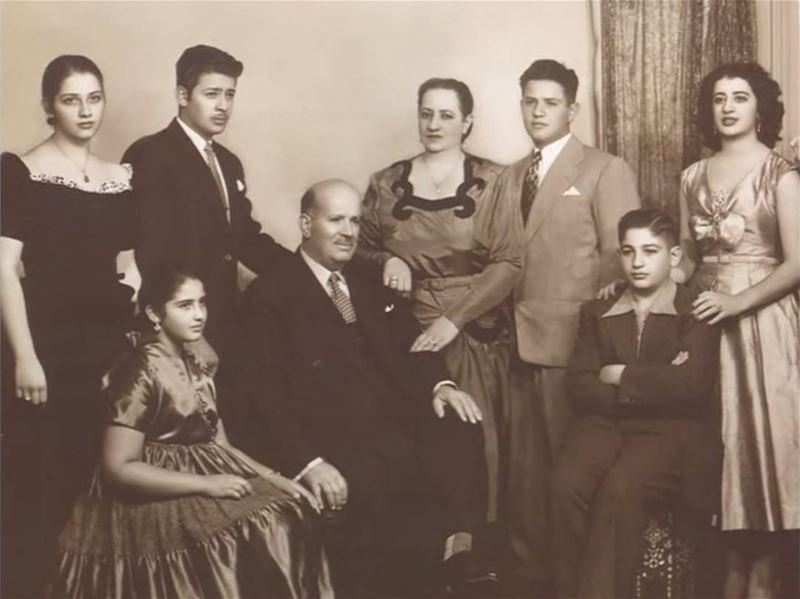 Arquivos da Diáspora: Foto exclusiva dos pais e familiares do mega-empresár