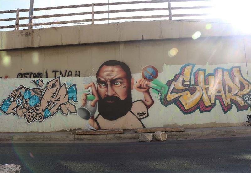الفن لا حيطان امامه 😁 sketch painting art paintingwarhammer artist ... (Furn El Chouback)