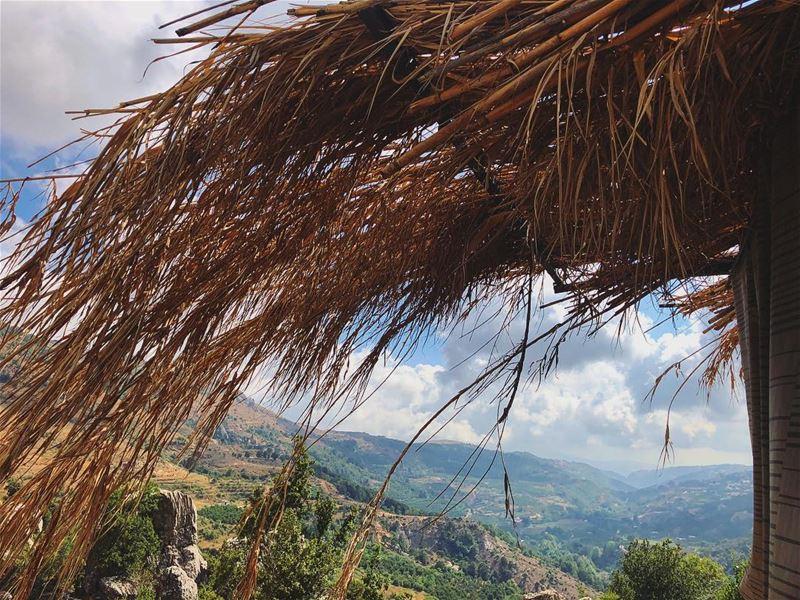 Mountain or beach ? ⛰🏖.... lebanon keserwan faqra kfardebian ... (Kfardebian,Mount Lebanon,Lebanon)