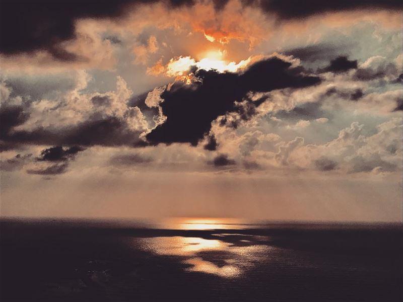 Phenomenal ✨•••••••••••• •• sunsetview sunsetcolors ...