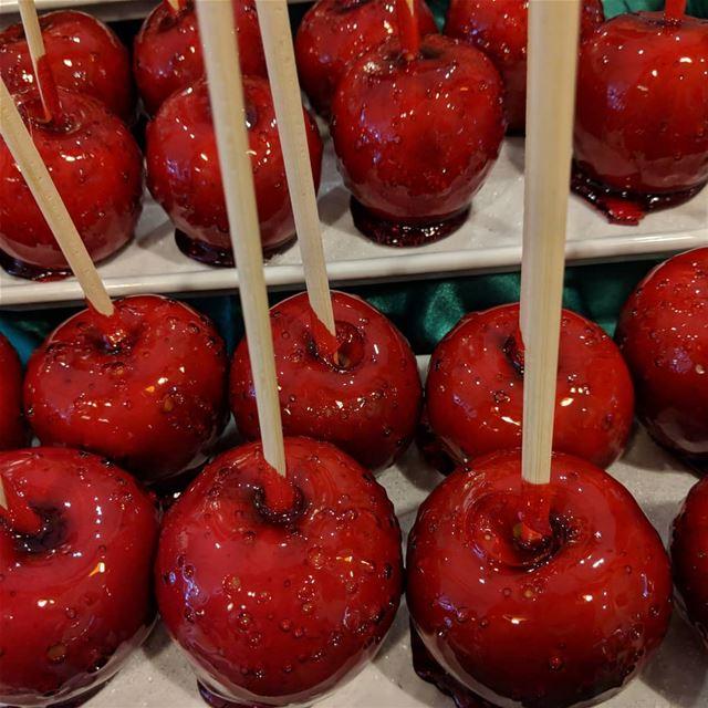 مين بيتذكر هيدا التفاح رزق الله apple sweetlovers❤❤❤ sweet yummy ...