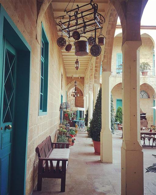 . ليس وطني دائماً على حق، ولكني لا أستطيع أن أمارس حقاً حقيقياً إلّا في وطن (Dayr Al Qamar, Mont-Liban, Lebanon)