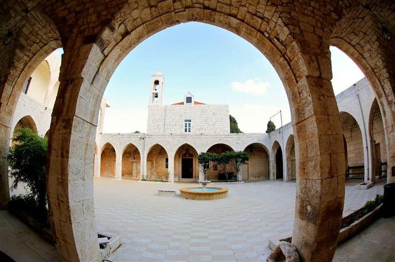 batroun hamat village saydet_el_nourieh monastery bebatrouni ... (Saydet El Nourieh)