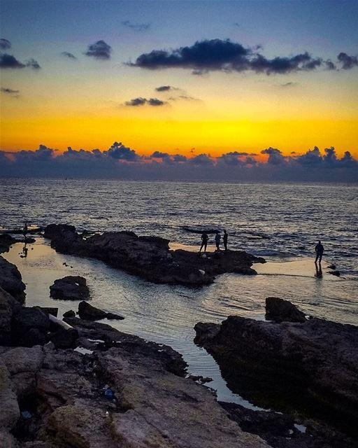 Good Night Beirut......📍Paris Avenue, Beirut, Lebanon 🇱🇧 ...... (Beirut, Lebanon)