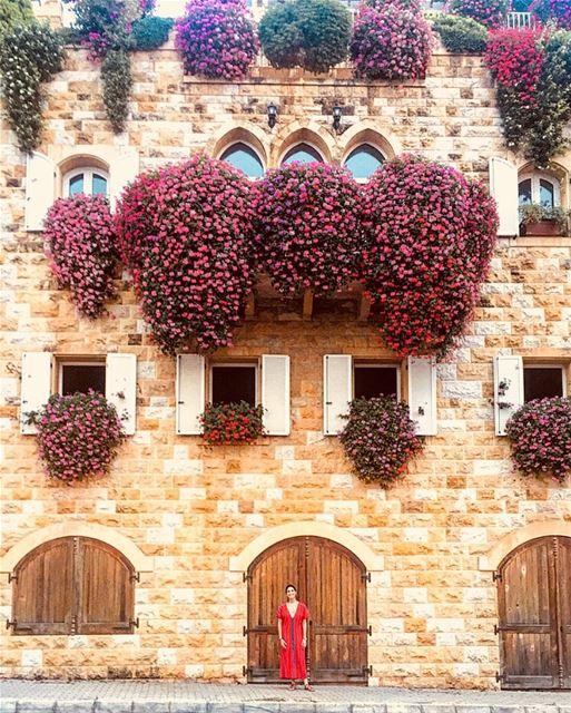 Enjoy life , we only live once 🌺🎉 architecture travel street lebanon... (Brumana, Mont-Liban, Lebanon)