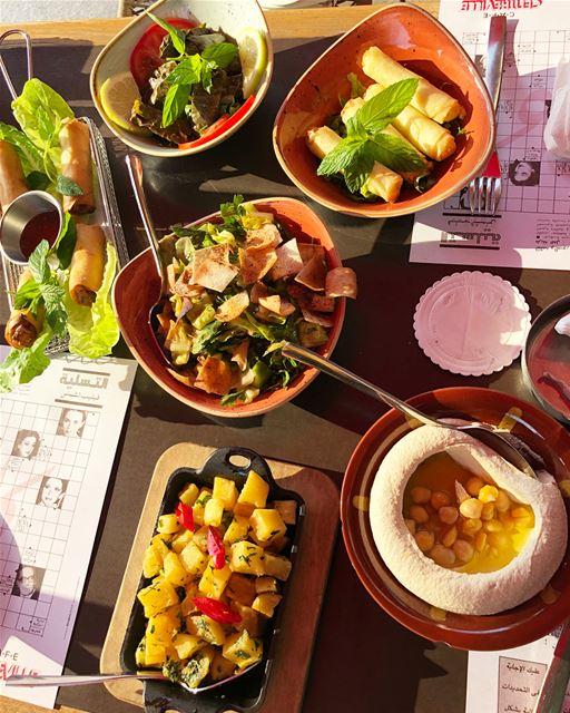 Lebanese food mezza yummy instafood foodporn lebanon ... (Café Centre-Ville)