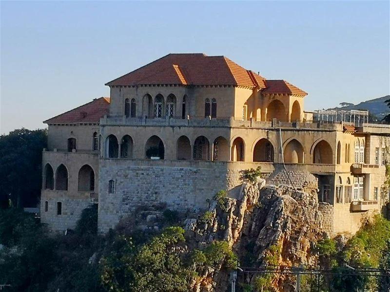 HAMANA 🏘️🏡LEBANON _____________________________________ libanon... (Hammana)