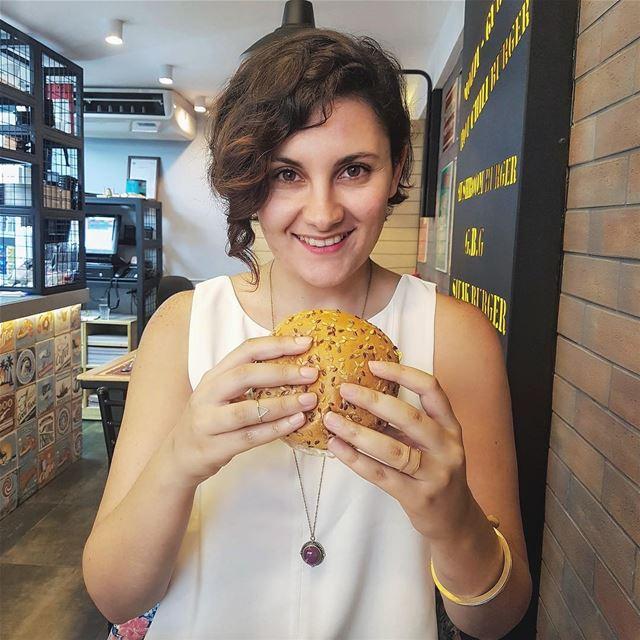 Burger Mondays 🍔 TheUrbanPotato.... beirut lebanon zoukmosbeh ... (Go Burger)