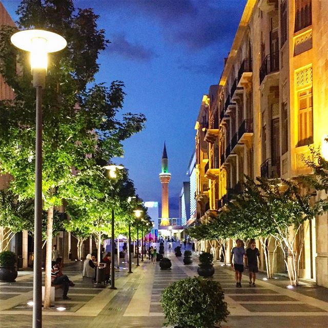 Light up🌜:::::::::::::::::::::::::::::::::::::::::::::::::::. nightview... (Downtown Beirut)