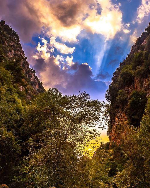 yahchouch nature river mountains landscape beautiful lebanon... (Yahshush, Mont-Liban, Lebanon)