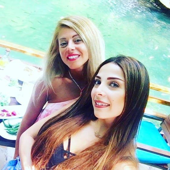 💚💙 blonde brunette river positivevibes mothernature friends ... (Shallalat Al Zarka شلالات الزرقا)