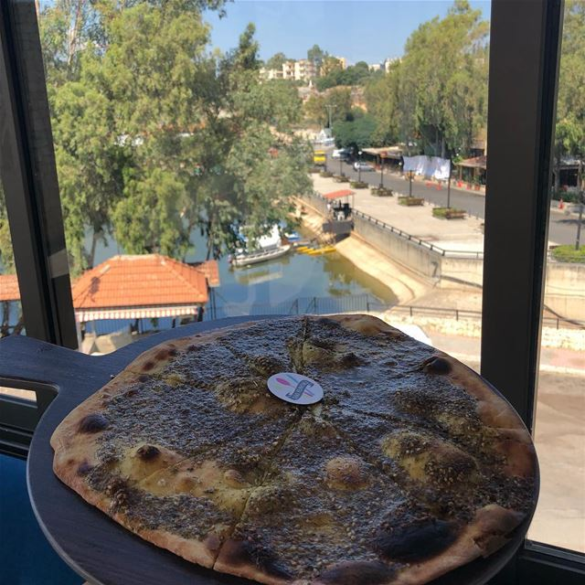 Morning breakfast with a view 😍😍 @mondosrestaurant bnachii zgharta ..... (Mondo's resto-café)