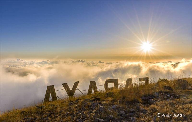 Cloud chasing! ... lebanon faraya livelovebeirut beiruting ... (Faraya, Mont-Liban, Lebanon)