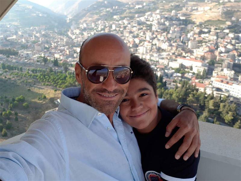 My big boy and my beautiful Zahle City 💙💚.. selfie selfportrait ... (Zahlé, Lebanon)