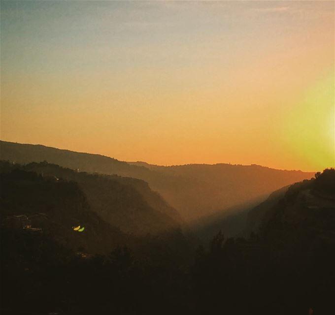 landscape TGIF FRIYAY weekendvibes roadtrip beforethesunset lebanon... (Bcharreh, Liban-Nord, Lebanon)