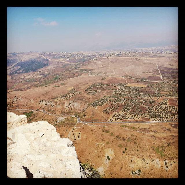 Magical view from Beaufort Castle ! tourleb tourlebanon tourismlb ... (Arnoûn, Al Janub, Lebanon)