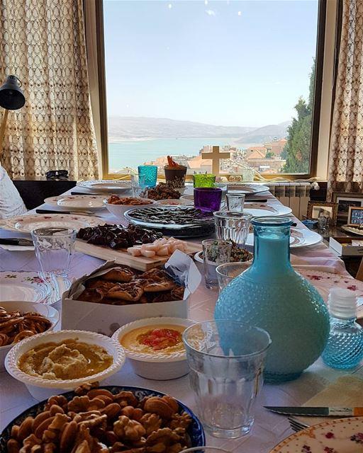 Cheerzkoun 🍺 ChezAline La2oulna 💙@marie.josee @tonyrizk89 @rami_rizk89 (Saghbîne, Béqaa, Lebanon)