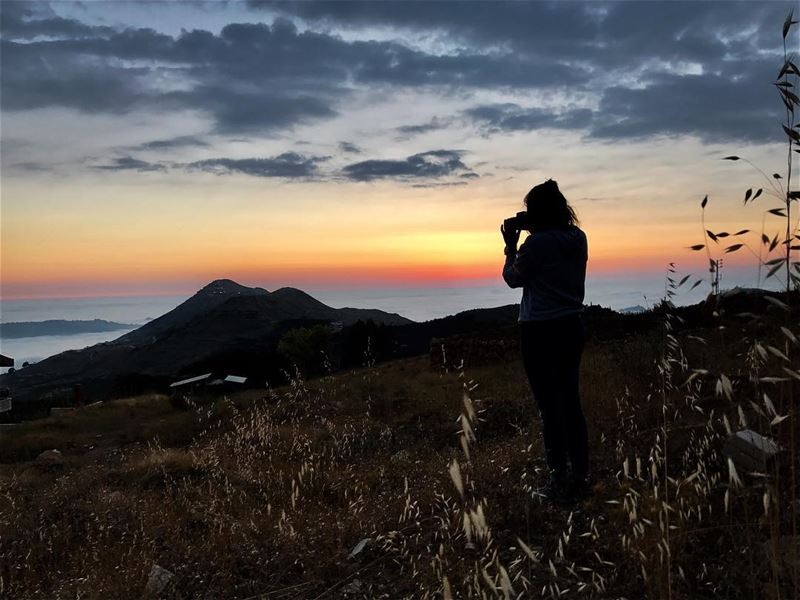 I will capture the sunset forever.....🌅 •📸: @yarrow1203 ••••••••... (Bcharreh, Liban-Nord, Lebanon)