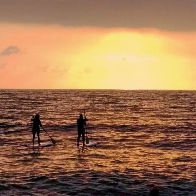 〰️〰️〰️ goodnight beautiful world 🧡... sup standup paddle ... (Tonic Beach Okaibe)
