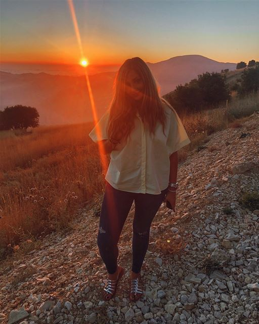 Unexpected magical sunsets 🌅 YaraLivingLife ... nofilter sunset ... (Faraya, Mont-Liban, Lebanon)