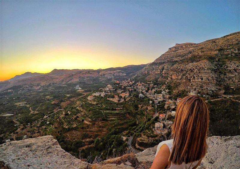 Admire the beauty of lebanon 🇱🇧 livelovelebanon livelovebeirut ... (Aaqoura, Mont-Liban, Lebanon)