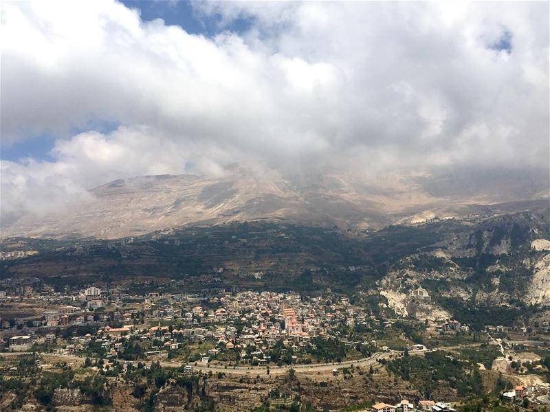 Can you name this village? ______________________________________... (Lebanon)