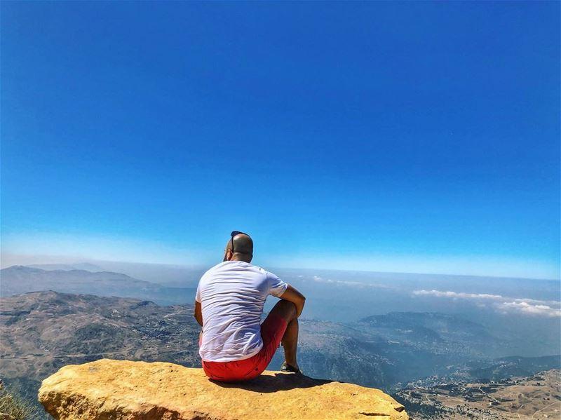 لبنان يا قطعة سما عالارض تاني ما الا 😍.... insta ig_lebanon ... (Mzaar Kfardebian)