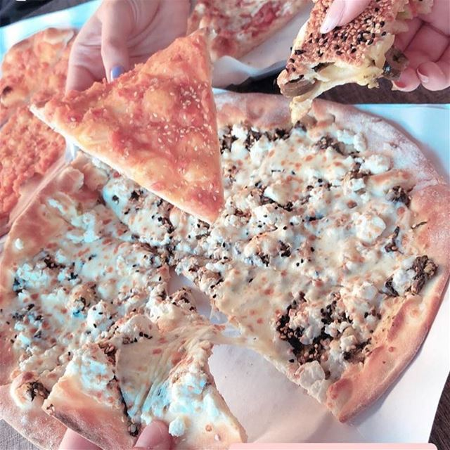 Slices of happiness😋😋Photo credits📸: @lsocom @lebanonmoments 👍•••• (Rashet somsom - رشة سمسم)