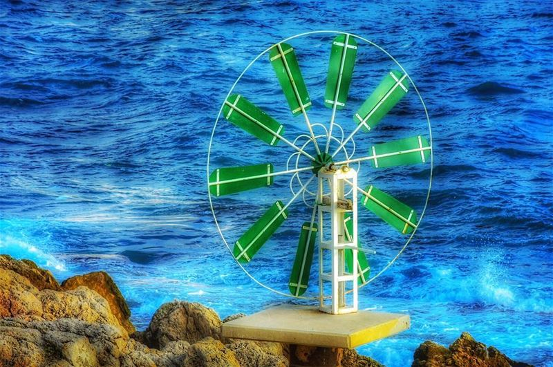 Wheels of Life go round and round.. and what goes around must come... (Anfeh Al-Koura أنفه الكورة)