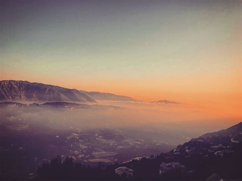 Wishing you a beautiful & peacful night with today's capture in Laklouk 💛... (El Laklouk, Mont-Liban, Lebanon)