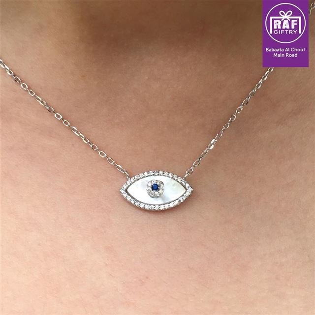 All eyes on you!! 👀 💃🏻 raf_giftry  silver925....... necklace ... (Raf Giftry)