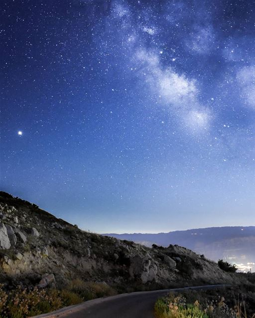 A Galaxy far far away.. 🌌⛰️. lebanon milkyway stars midnight sky ... (Akoura, Mont-Liban, Lebanon)