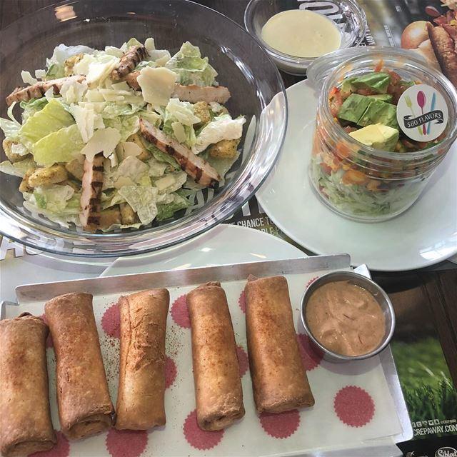 A tasty pre-dinner 😋😍 @crepaway ... 580flavors lebanesefood ... (Crepaway Jbeil)