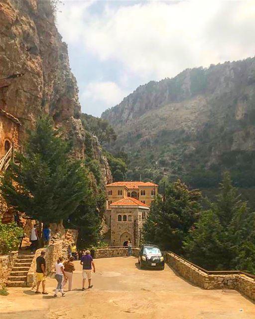 marantonioskozhaya ehden northoflebanon lebanon liveloveehden ... (Mar Antonios-Kozhaya)