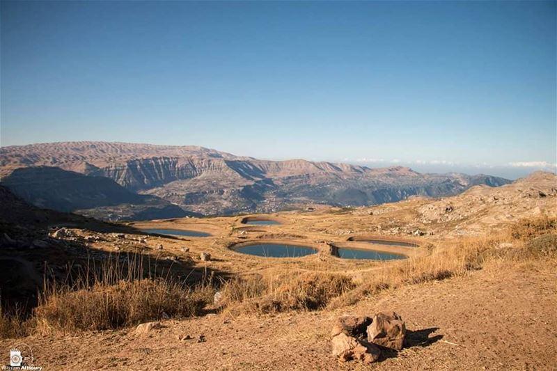akoura mountlebanon sunrise mountains asfarastheeyecansee lebanon... (Akoura, Mont-Liban, Lebanon)